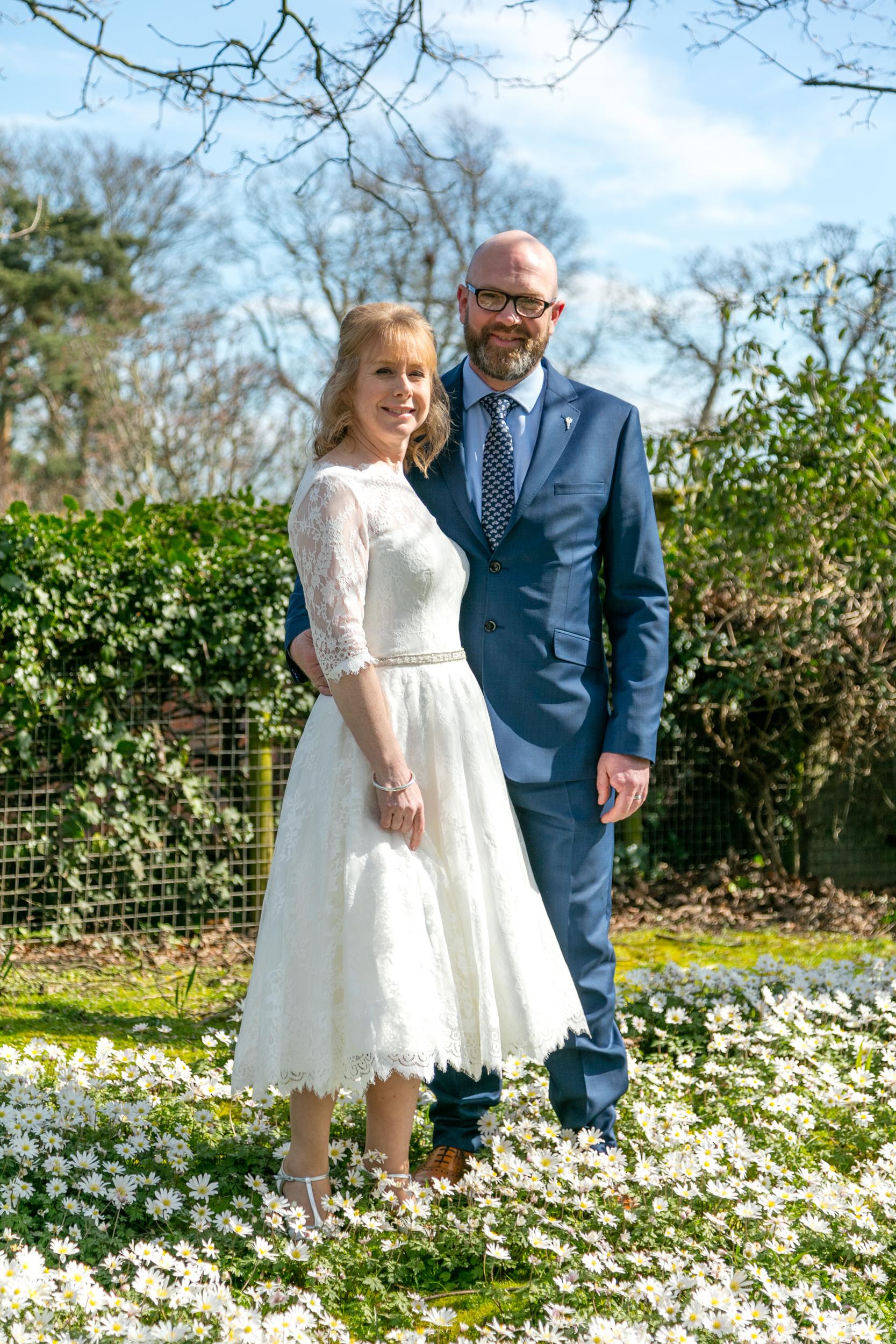 wedding-photography-at-Hill-Close-Gardens-Warwick55.jpg