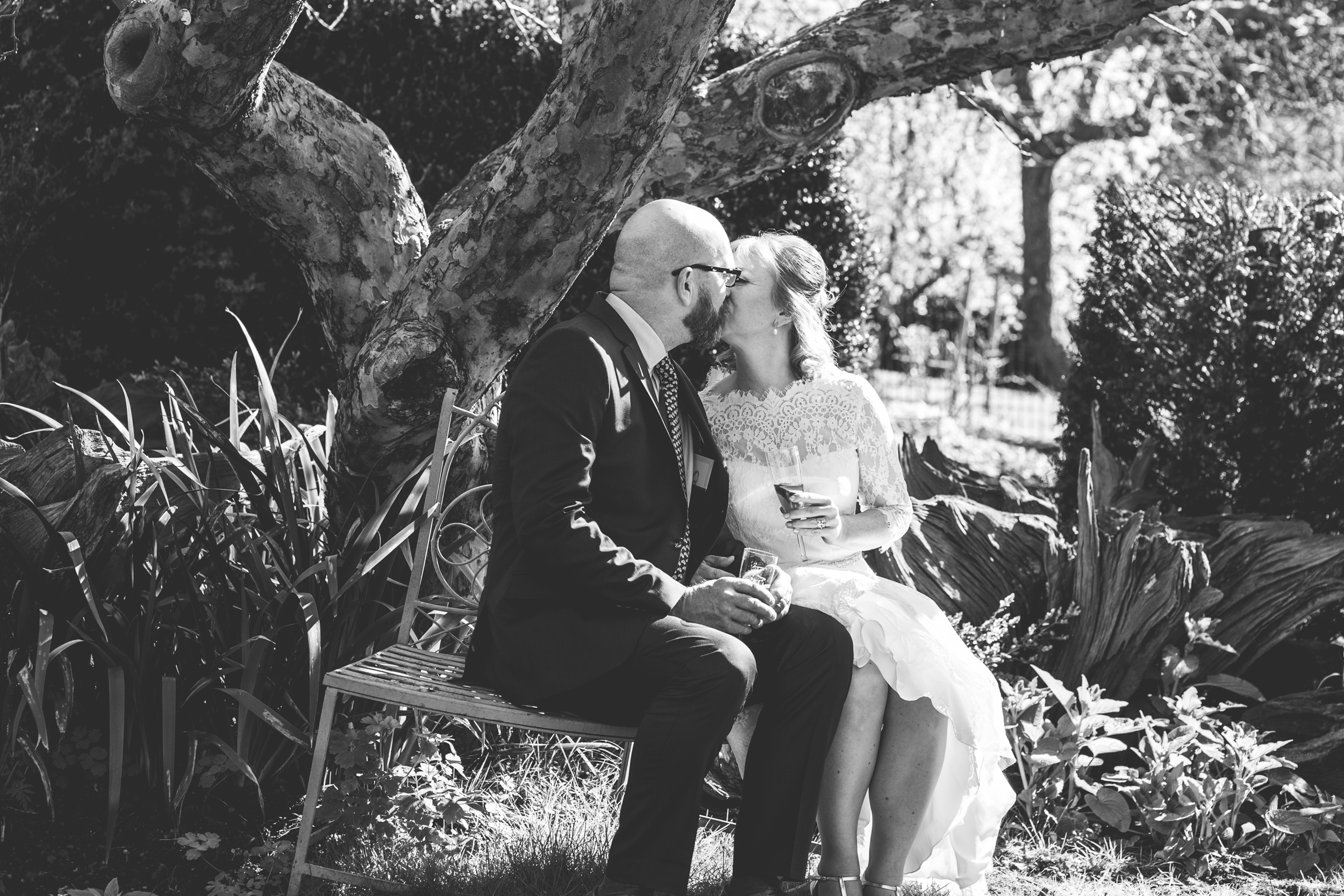 wedding-photography-at-Hill-Close-Gardens-Warwick70.jpg
