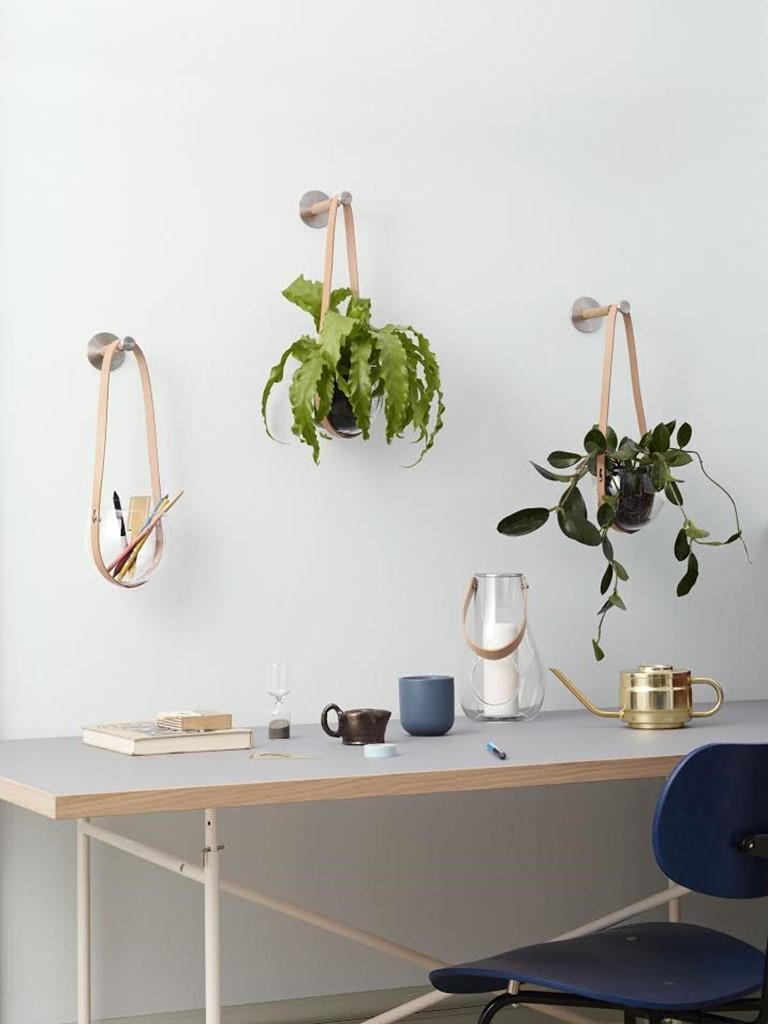 design-with-light-holmegaard-haengekrukker.jpg