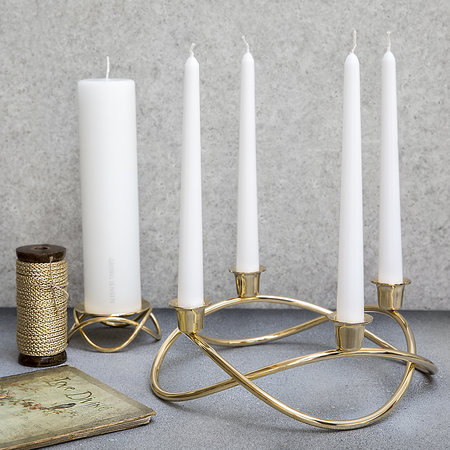 season-candle-holder-gold-479318.jpg