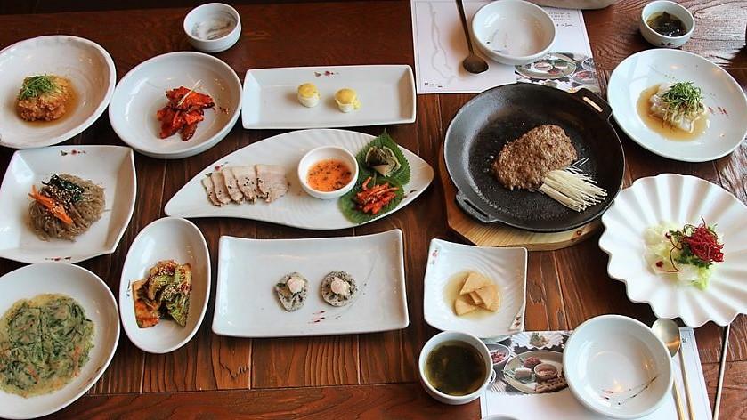 decision making korean restaurant.jpg