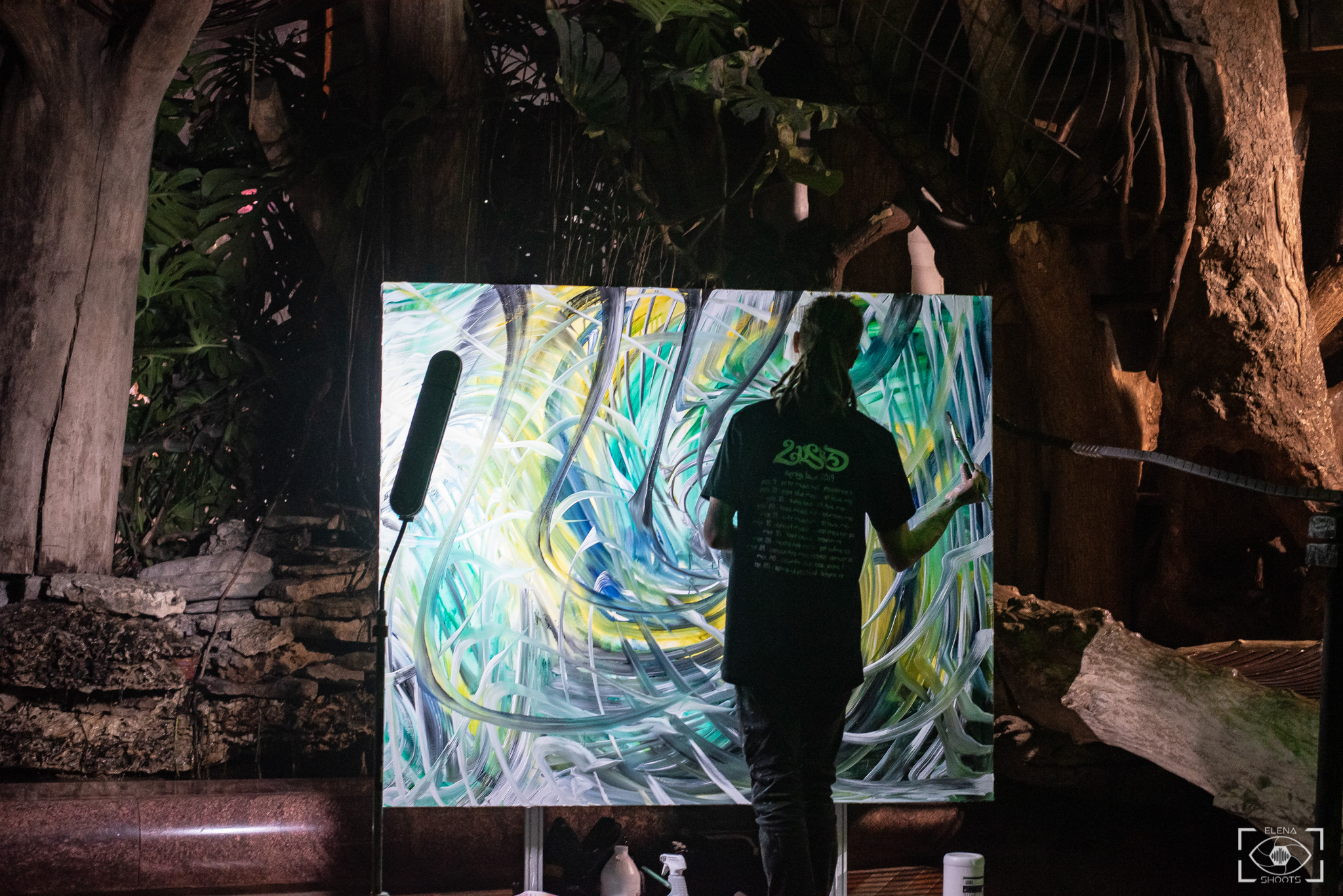 Local artist Gecko live painting in the Whale Room