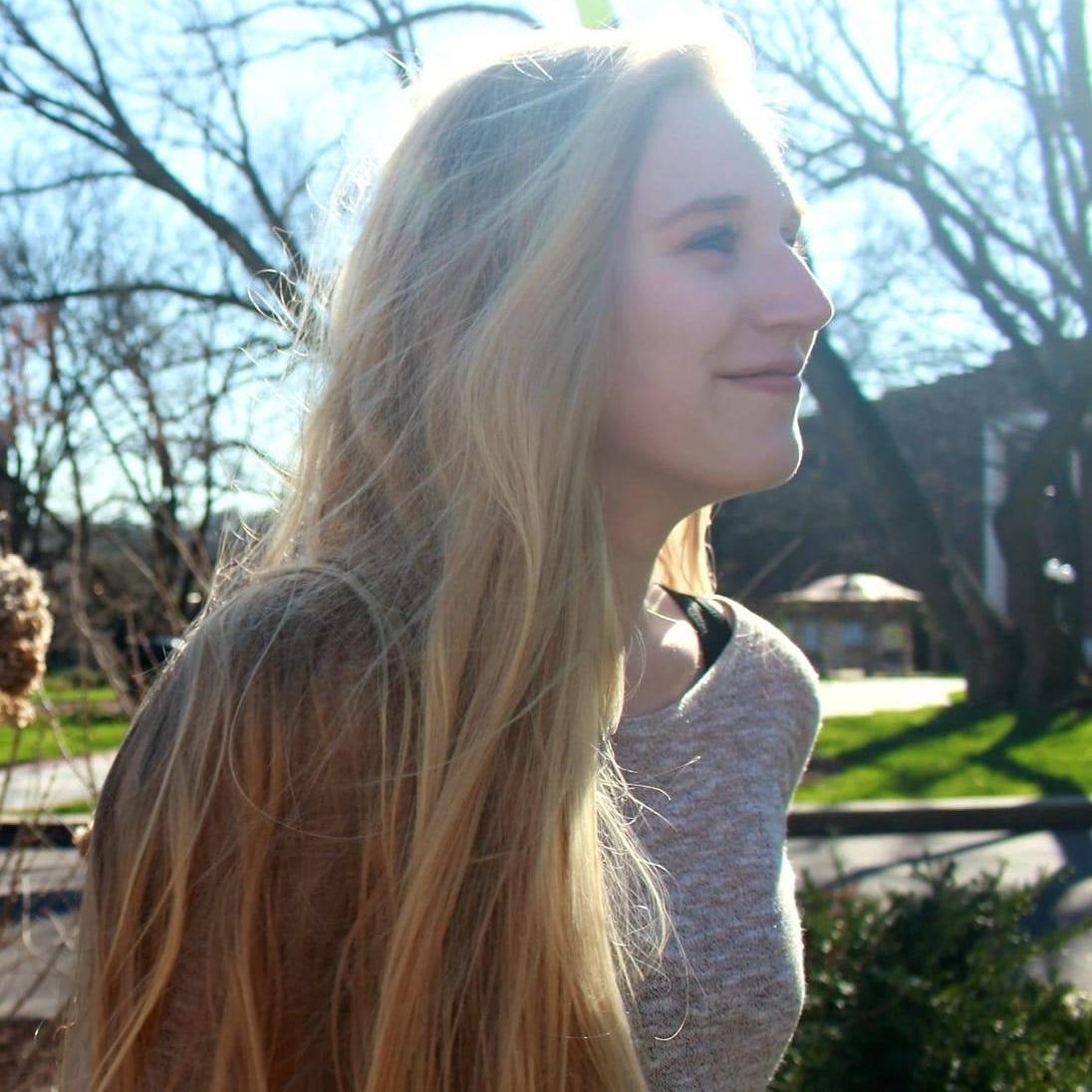 Cassie McLaughlin - Playlisting + Journalist