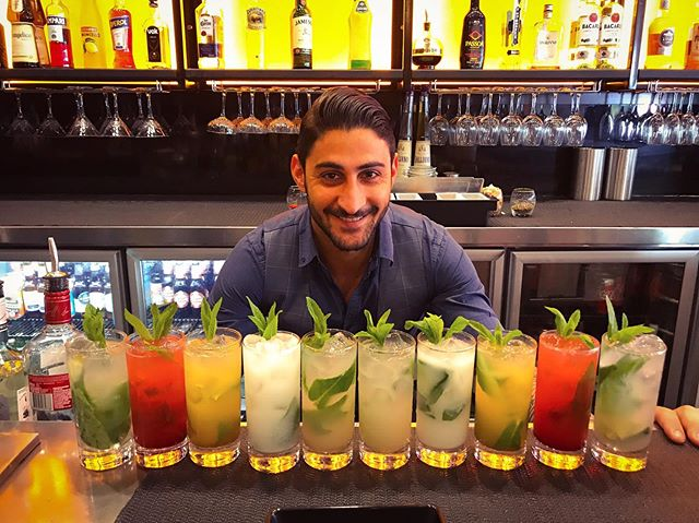 Cocktails time in the heart of Freo 🍸🍹 ✔️Daily specials available✔️ Come say hi and check us out 🙌  Book via Facebook ✅ #chicken #cocktails #burger #bar #bartender #perth #freo #fremantle
