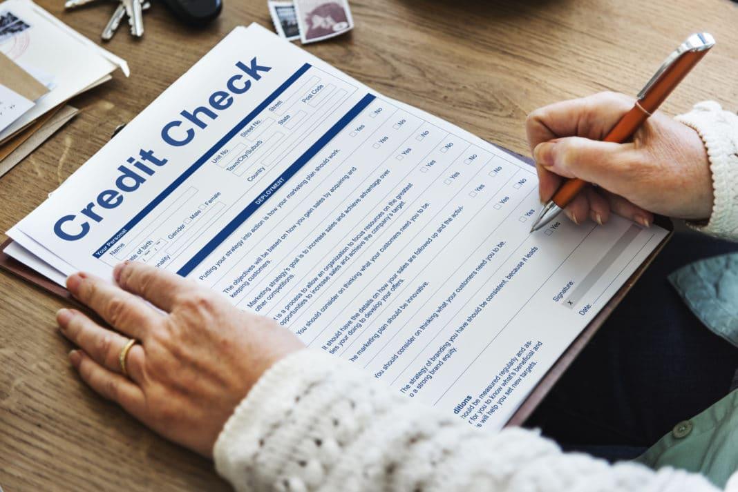 run-credit-check-tenant-landlord-1068x713.jpg
