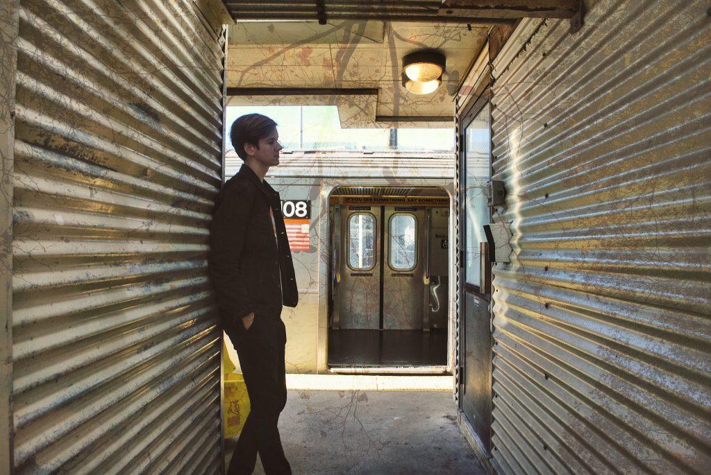 Johnny Låga – Downtown feat. Signe (DC#104)