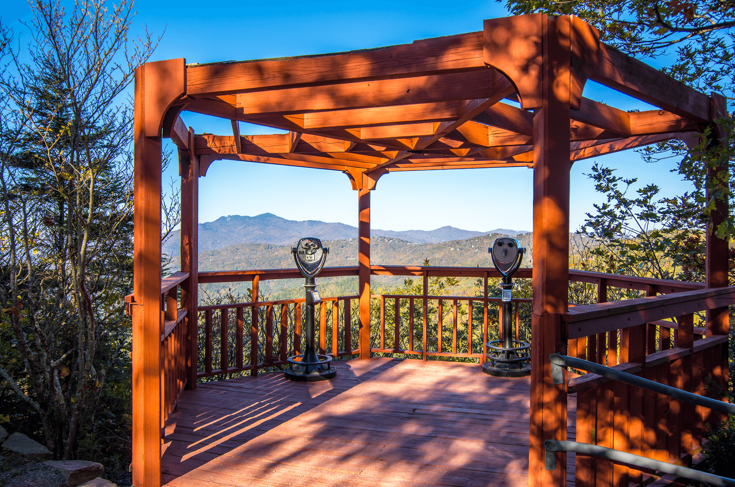 Although the park is small in size, it impresses visitors with its breathtaking views. A  Gazebo  and an  Observation Tower  are located in the park to allow visitors to enjoy unobstructed panoramic views.