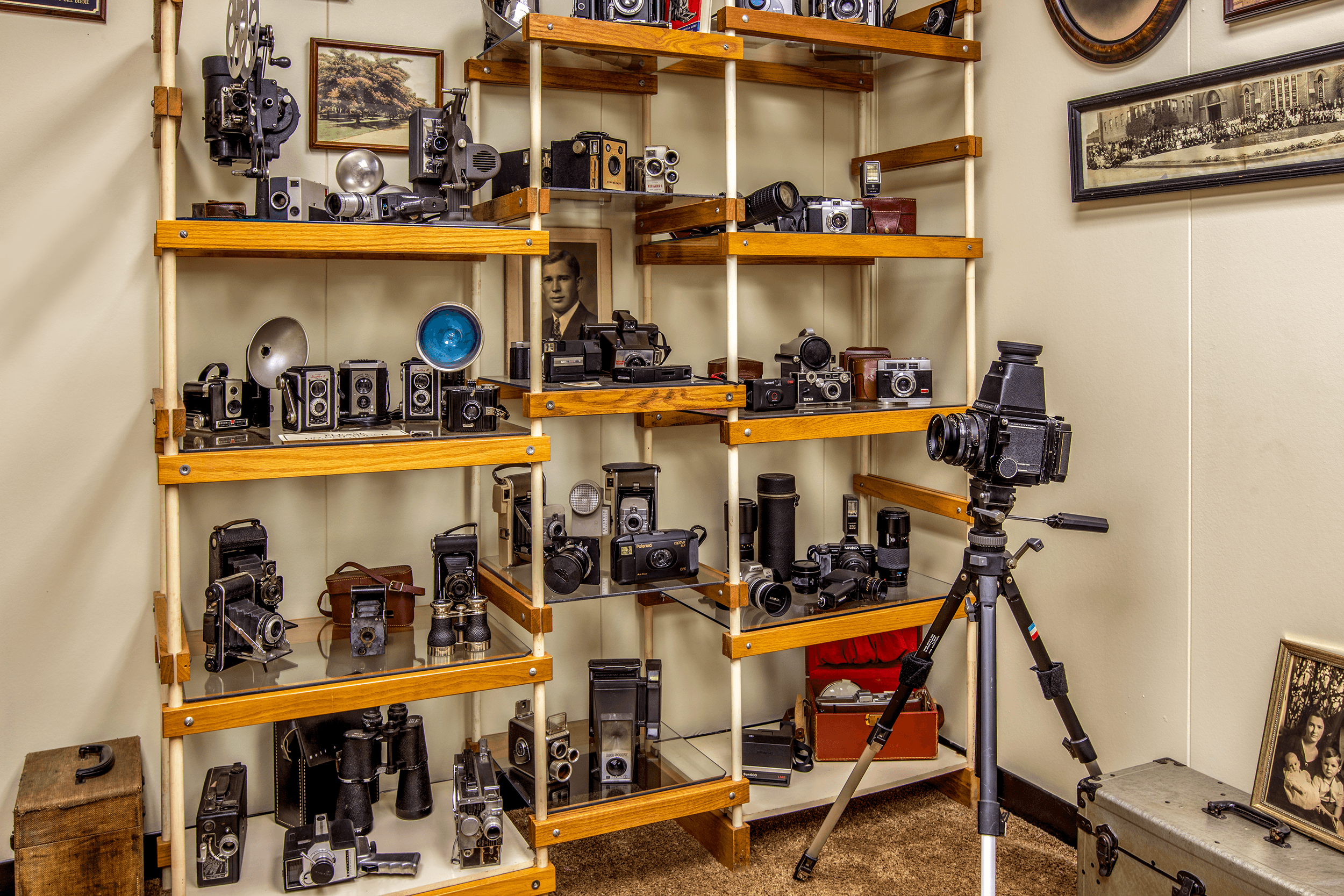 The  Camera Room  showcases a collection of vintage cameras covering almost 100 years of photography equipment from the late 1800s through to the 1980s.