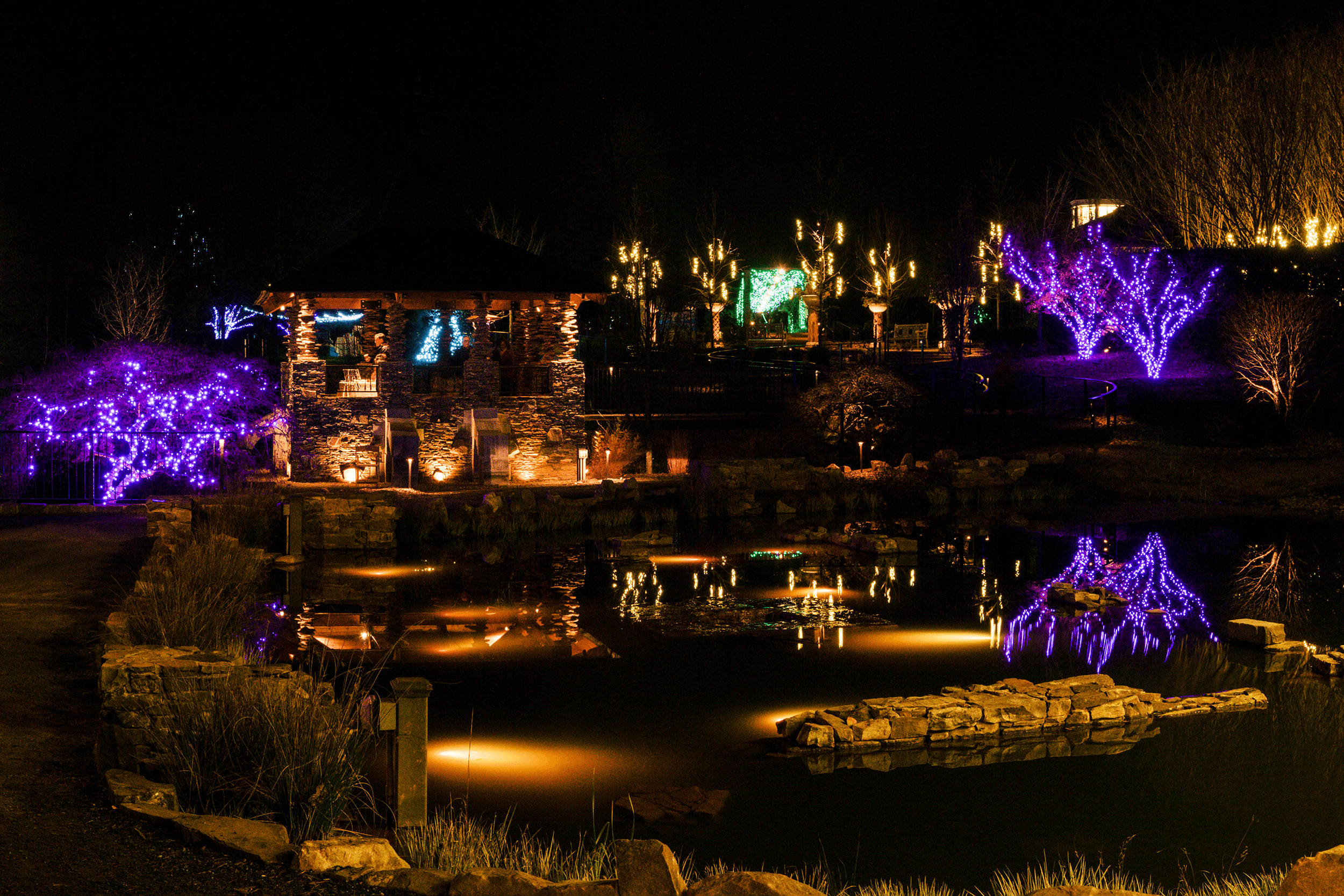 And here it is. The lights reflect magically in the pond and give the scene a romantic touch.