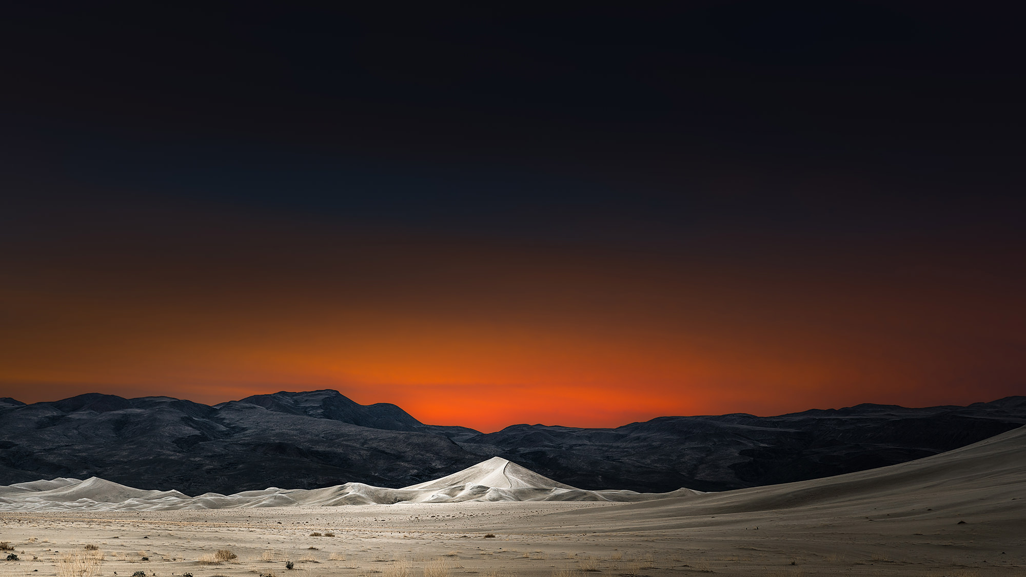 EUREKA DUNES - Death Valley, CA