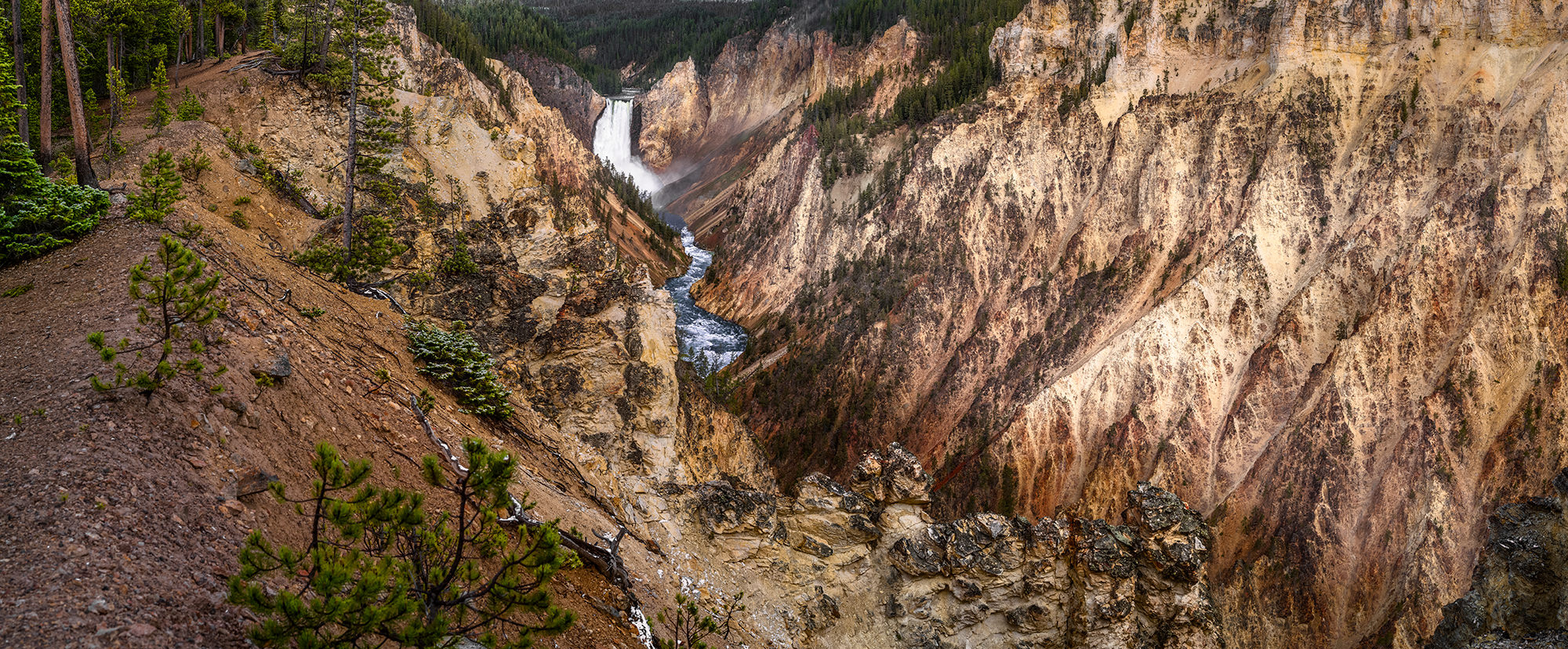 Grand-Canyon-of-the-Yellowstone.jpg