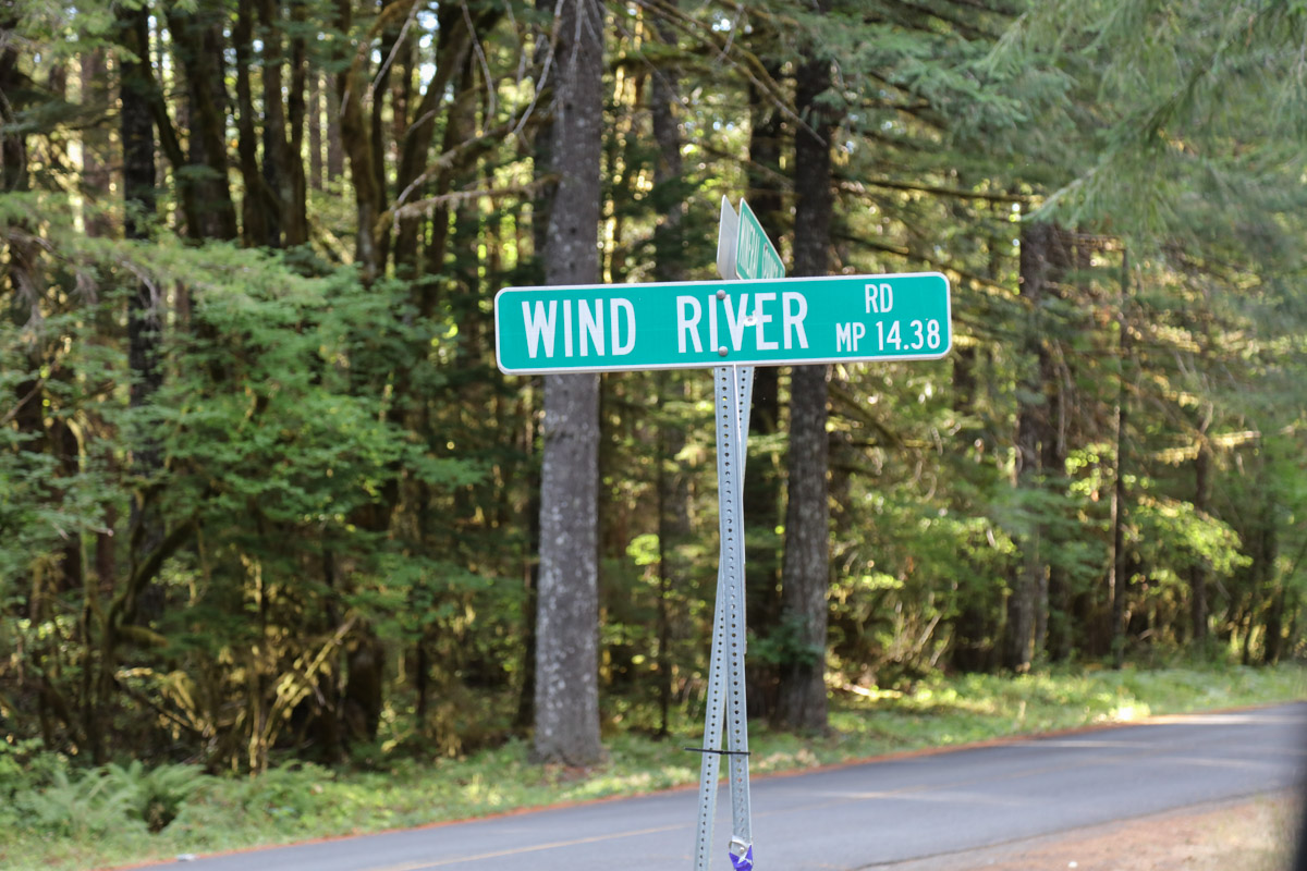 Turn on Wind River Rd