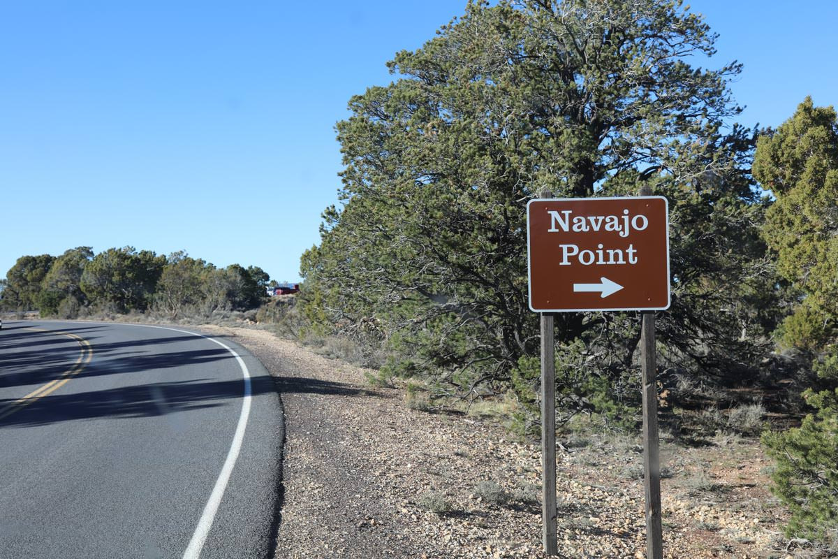 Pull into Navajo Point