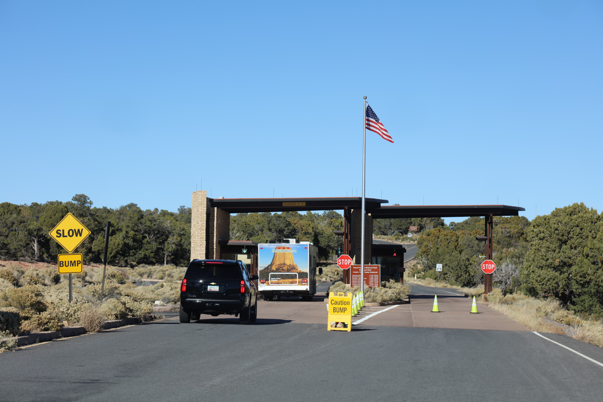 East entrance to Grand Canyon