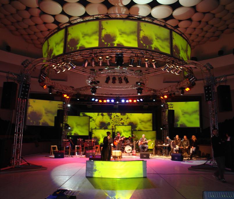Select - Kaliopi  Concert 2.JPG
