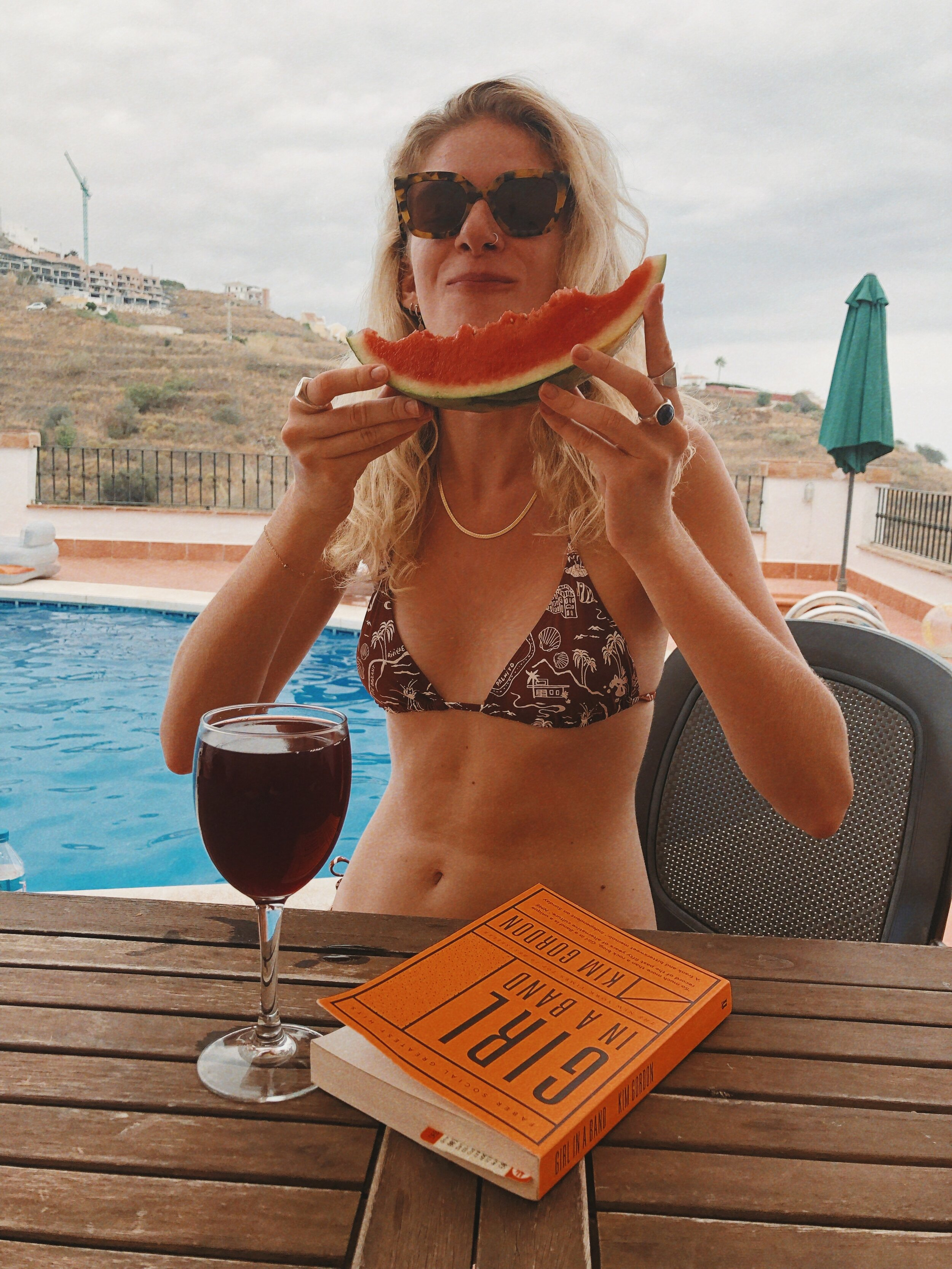I read Girl In A Band whilst on holiday and absolutely loved it, would definitely recommend if you like real life rock n roll stories.