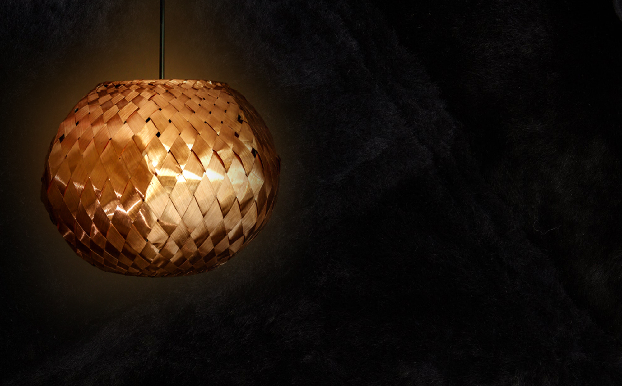 Simplicty as synonym of luxury    Our decorative lighting designs are a reflection of our love for simplicity and honesty of form paired with quality craftmanship and raw materials. The result is an understated elegance which has become the signature of CU29. We strive for each of our designs to be truly collectible.