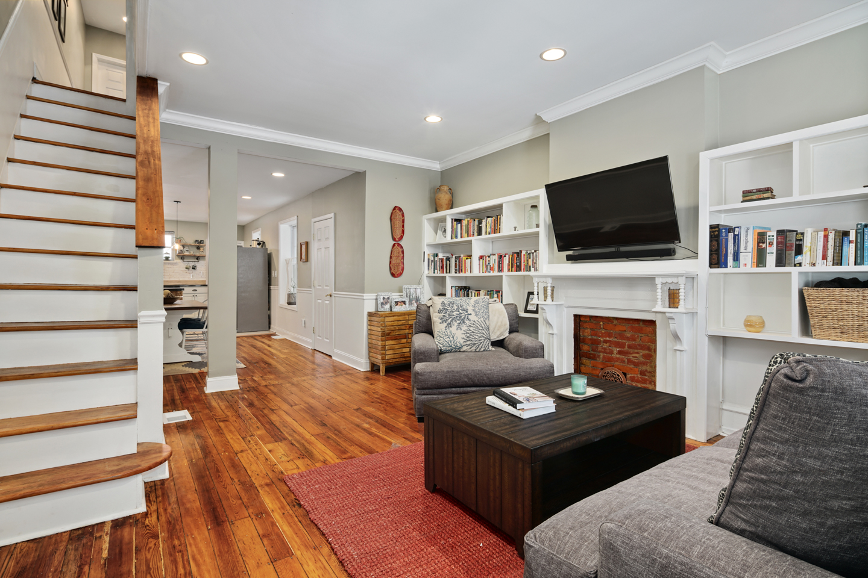 4730 Upland St Interiors-MLS-11.jpg