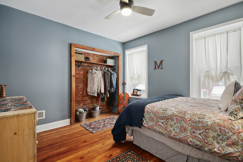 4730 Upland St Interiors-MLS-12.jpg