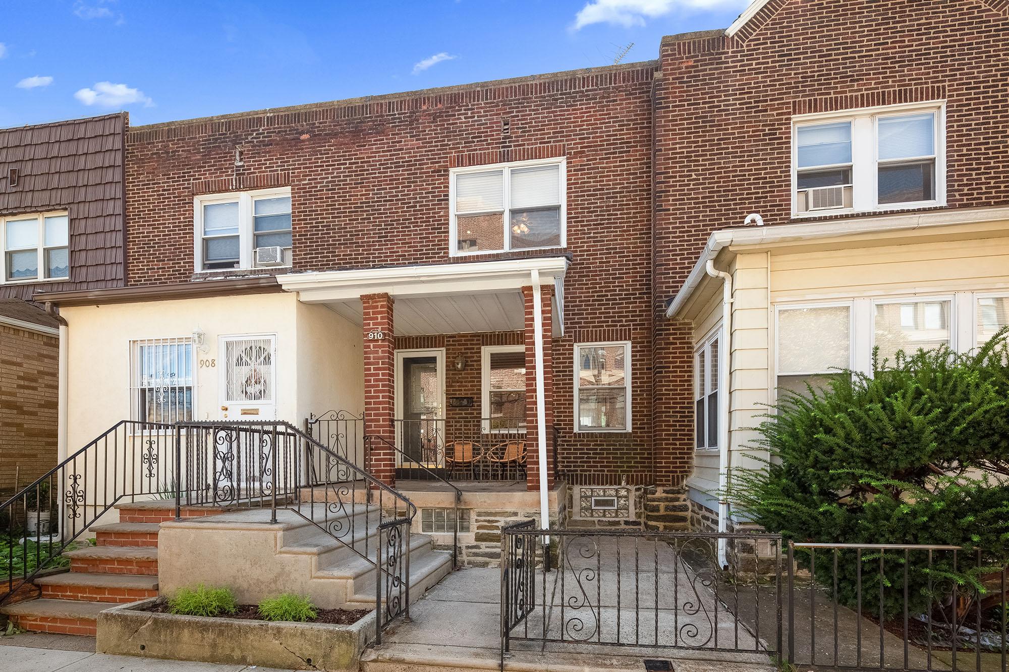 Sold   910 Johnston St - Philadelphia, PA 19148