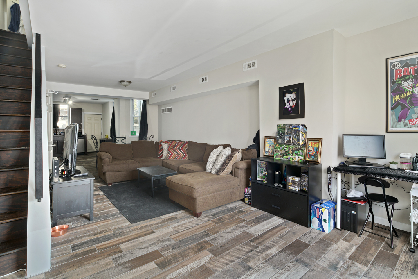 2629 Dickinson St-MLS-1.jpg