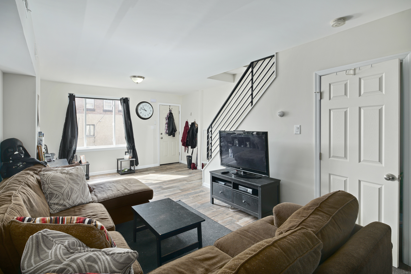 2629 Dickinson St-MLS-3.jpg