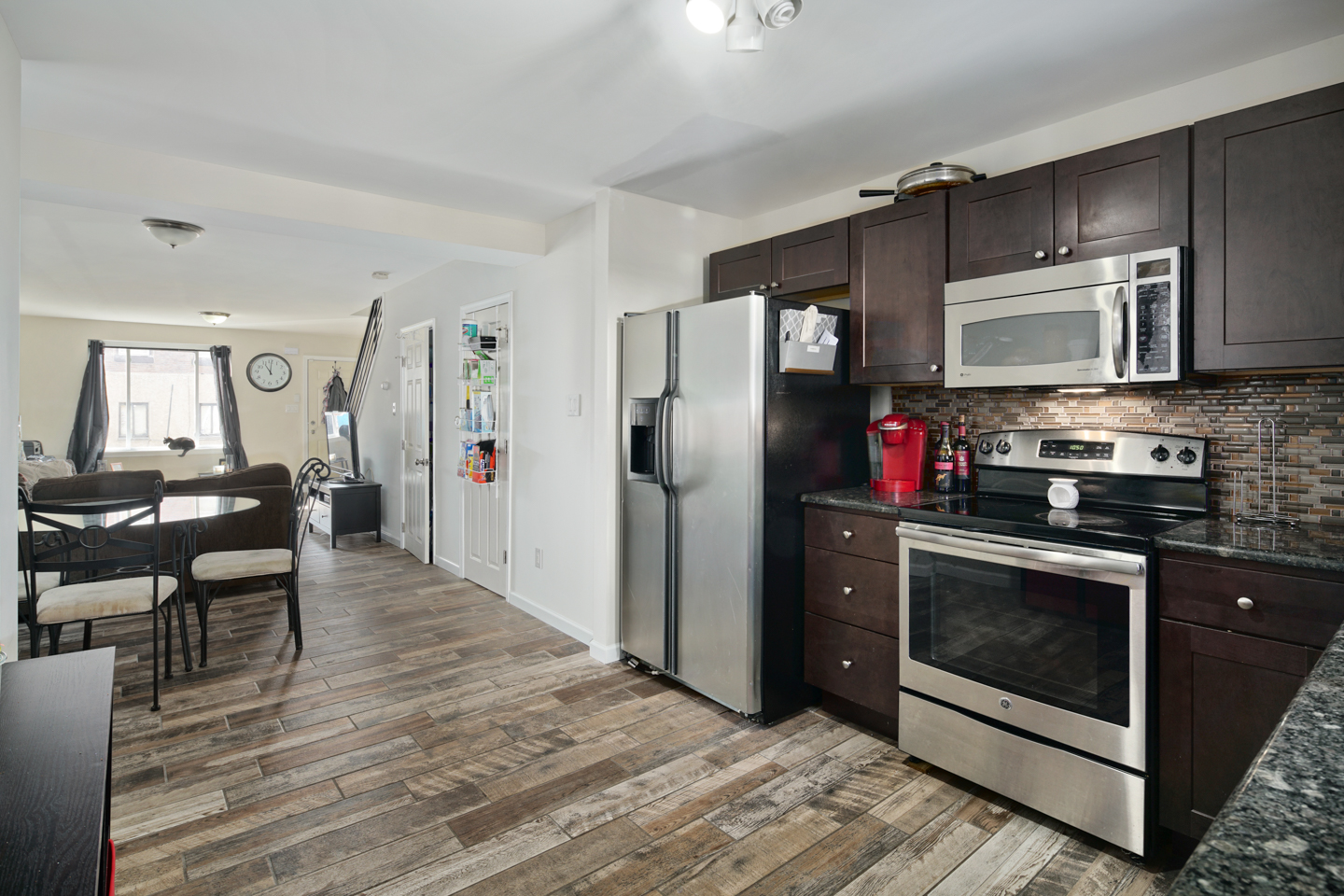 2629 Dickinson St-MLS-7.jpg