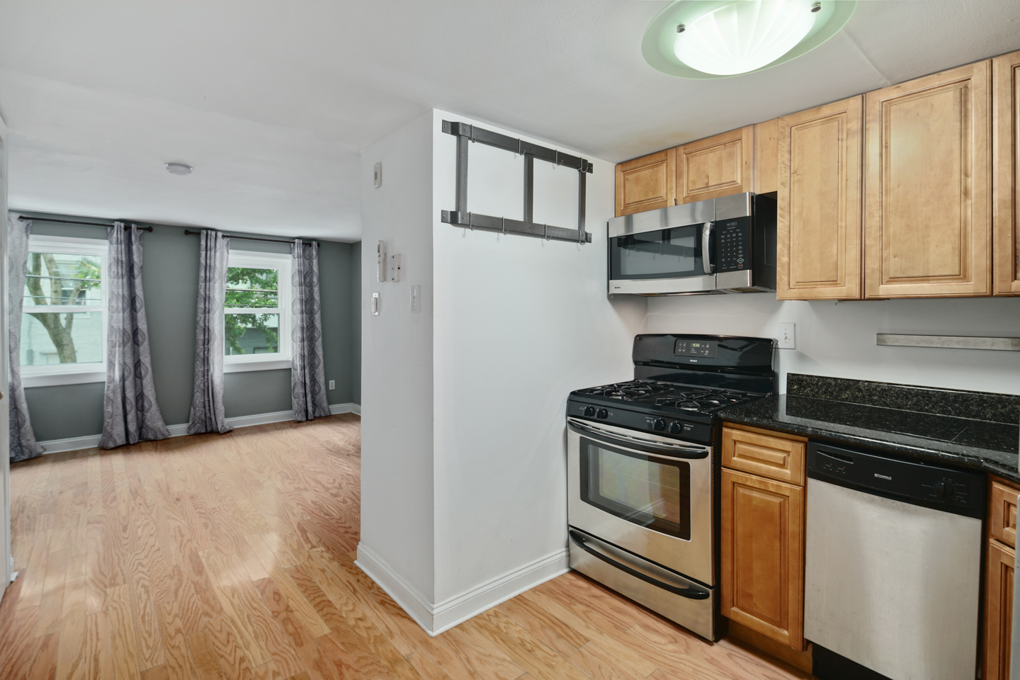 1225 Shackamaxon St Unit 11-MLS-5.jpg