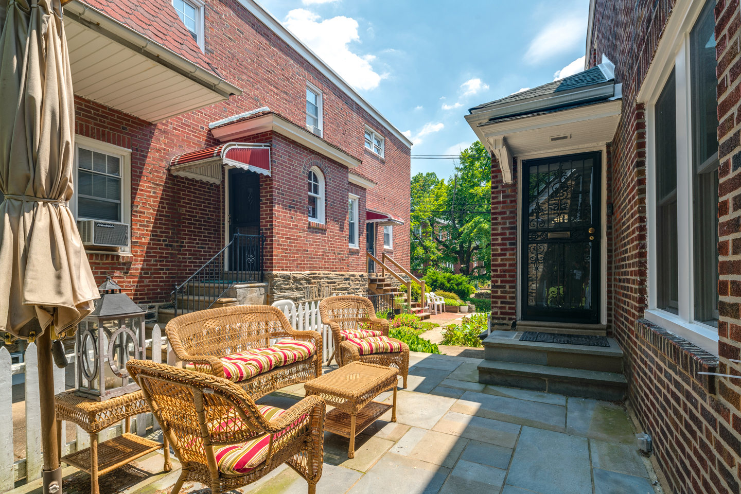 422 Wadsworth Ave RE-MLS-23.jpg