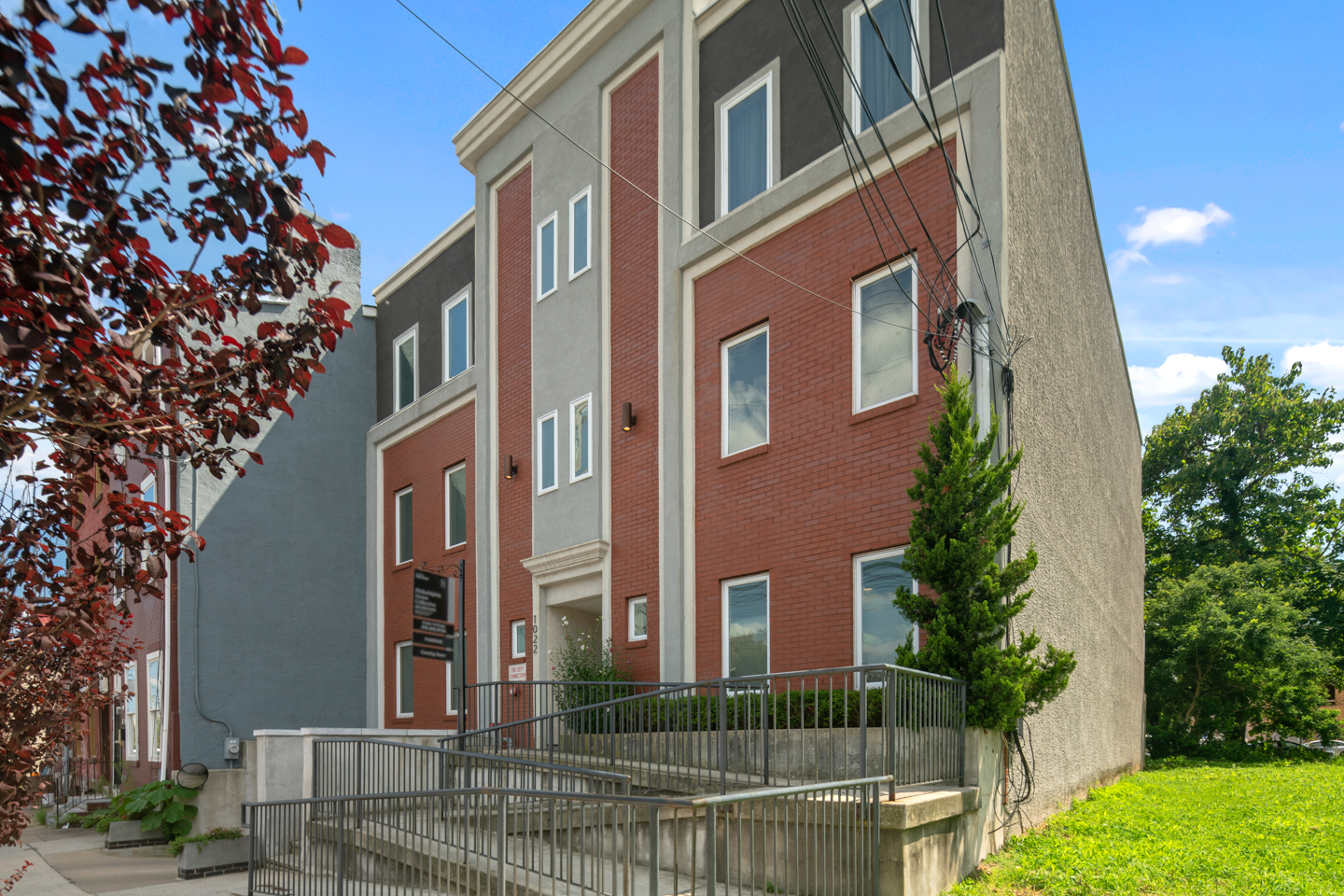 1022 Fairmount Ave Unit 2-MLS-19.jpg