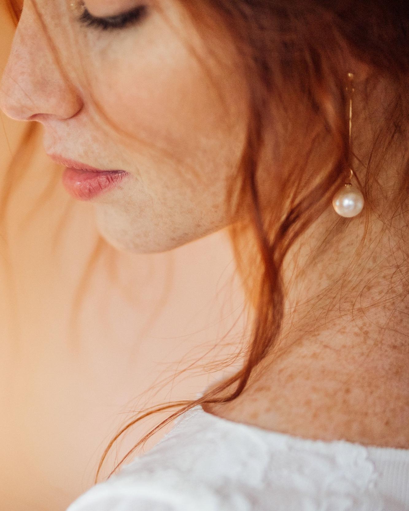 Les bijoux - Les indispensables pour le grand jour ! De nombreux détails (coiffure, maquillage) rendent une mariée magnifique. Les bijoux font partie de cette liste ! Vous trouverez des boucles d'oreilles, colliers, bijoux de tête, bracelets etc.Prix des bijoux: à partir de 20€