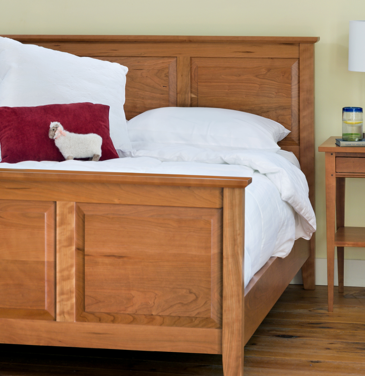 bedroom-furniture-beds-raised-panel-bed