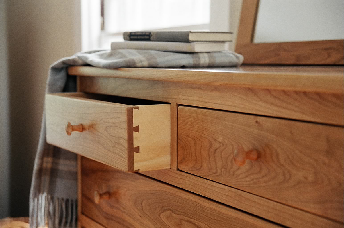 chests-seven-drawer-chest-vertical-dresser-bedroom