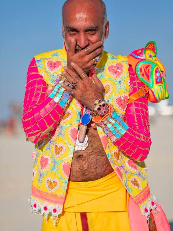 manish-arora-burning-man-2018-41536749519.jpg