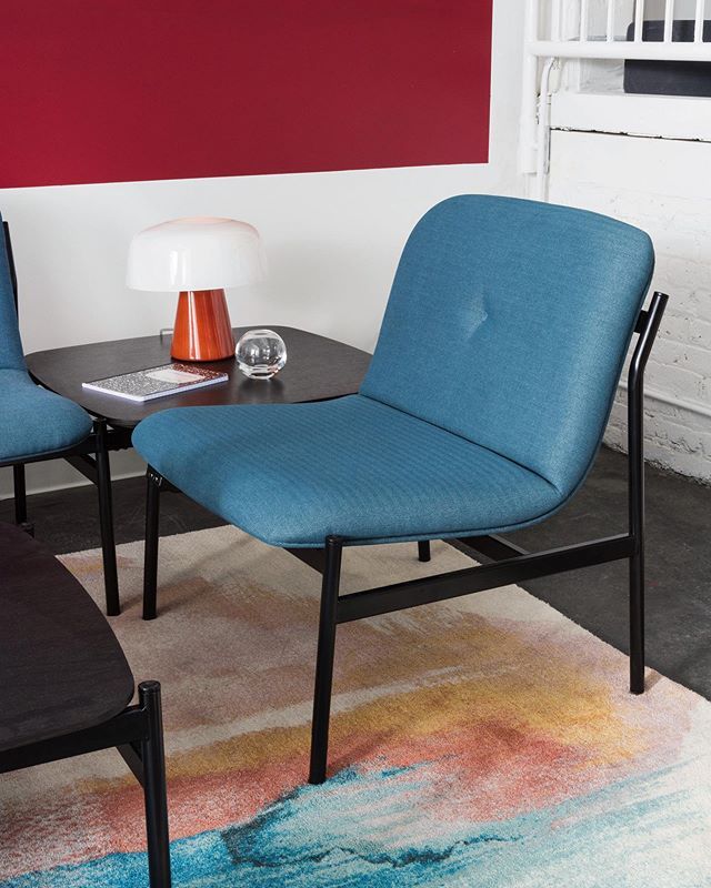 You saw – and loved – the Brighton Collection at our NeoCon showroom this past summer – and it's coming this month! 🙌 Chairs, sofas and tables gang together to meet any of your configuration needs for a totally tailored look ✨ @westelm + @steelcase #westelmWork