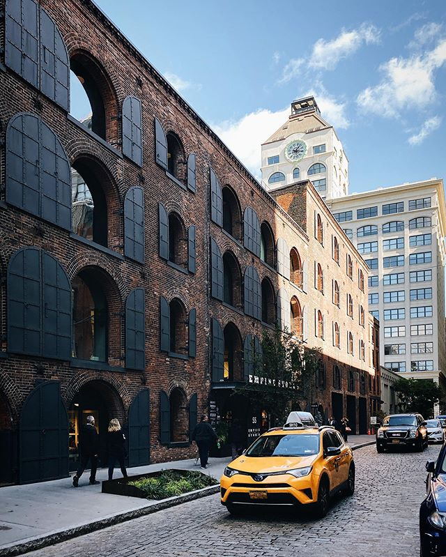 Want to see the West Elm Work Collection come to life? We'd love to give you a tour of the @westelm headquarters in Dumbo, Brooklyn – complete with its postcard-worthy views! Head to westelmwork.com to book a tour 👉👩💻🙋♂️ #westelmWork // @westelm + @steelcase