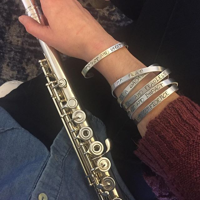 I love love LOVED gifting these empowering cuffs to the empowering women of my mastermind group @bossesandbreadwinners for Galentine's! ❤💪🏼💁🏻‍♀️ ⁣ These women have given me the courage to stop playing small, to share my voice, and to bring The Sound Musician to life!⁣ ⁣ To my fellow musicians - find community with non-musicians. We often get caught in our classical music bubble and forget how to relate to people outside of it (hint: the people you want coming to your concerts).⁣ ⁣ And a BIG thank you to @lovenikkixo for customizing and hand delivering these cuffs!! 😘 ⁣ ⁣ @chelseacreekless @itskatiesharp @jennylanehansen @joelleriding @cherryseedcoffee⁣ ⁣ #mastermind #womensupportingwomen #artrepreneur #createcommunity #creativeentrepreneur #womenentrepreneurs #bossbabe #upliftothers #spreadlove #galentines #flute