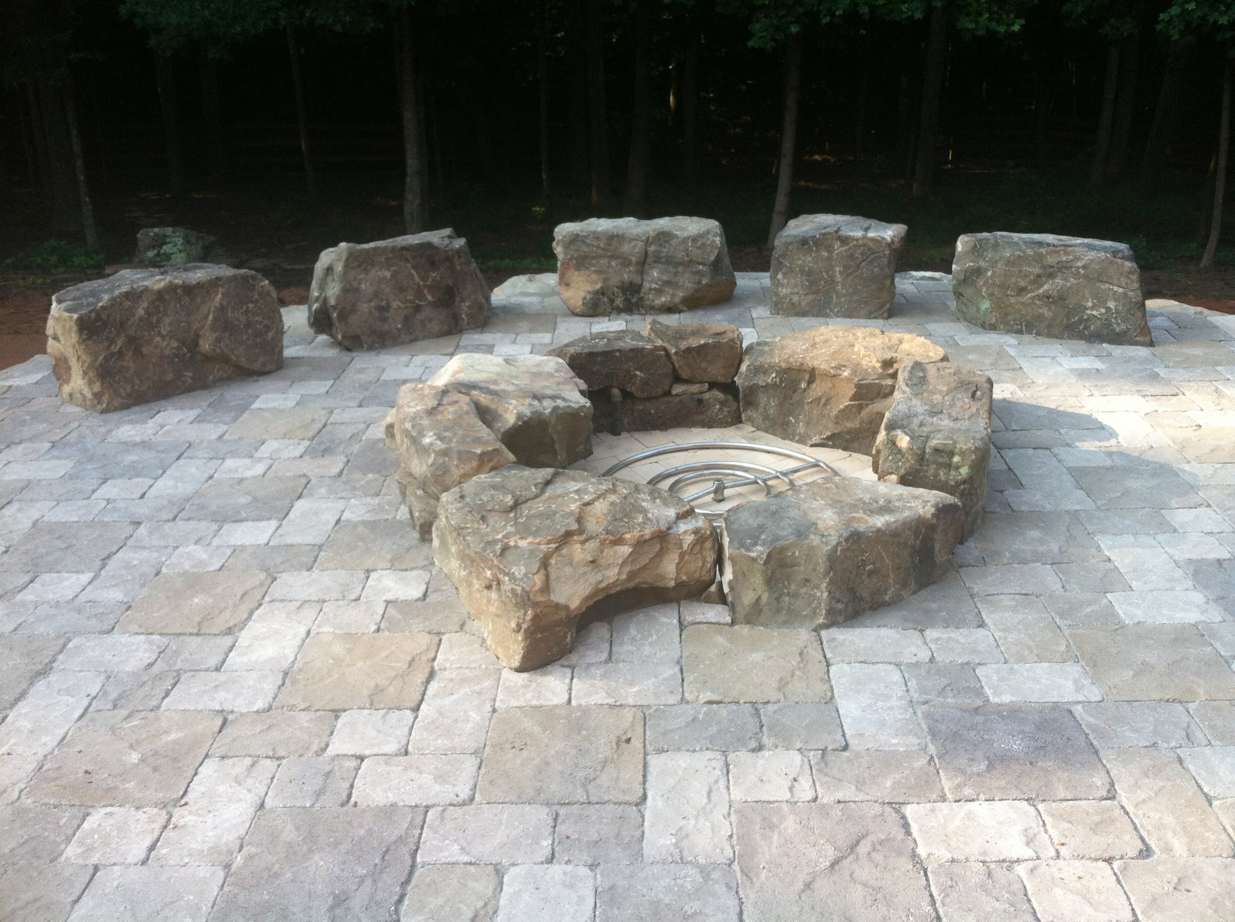 Boulder Fire Pit with Gas Line.JPG