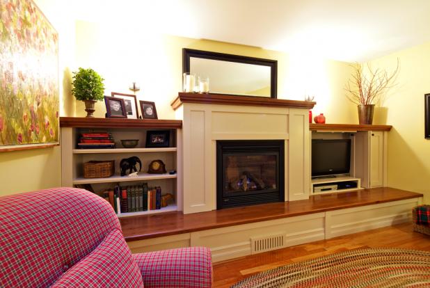 Brentwood Bay Cinnamon Alder Fireplace