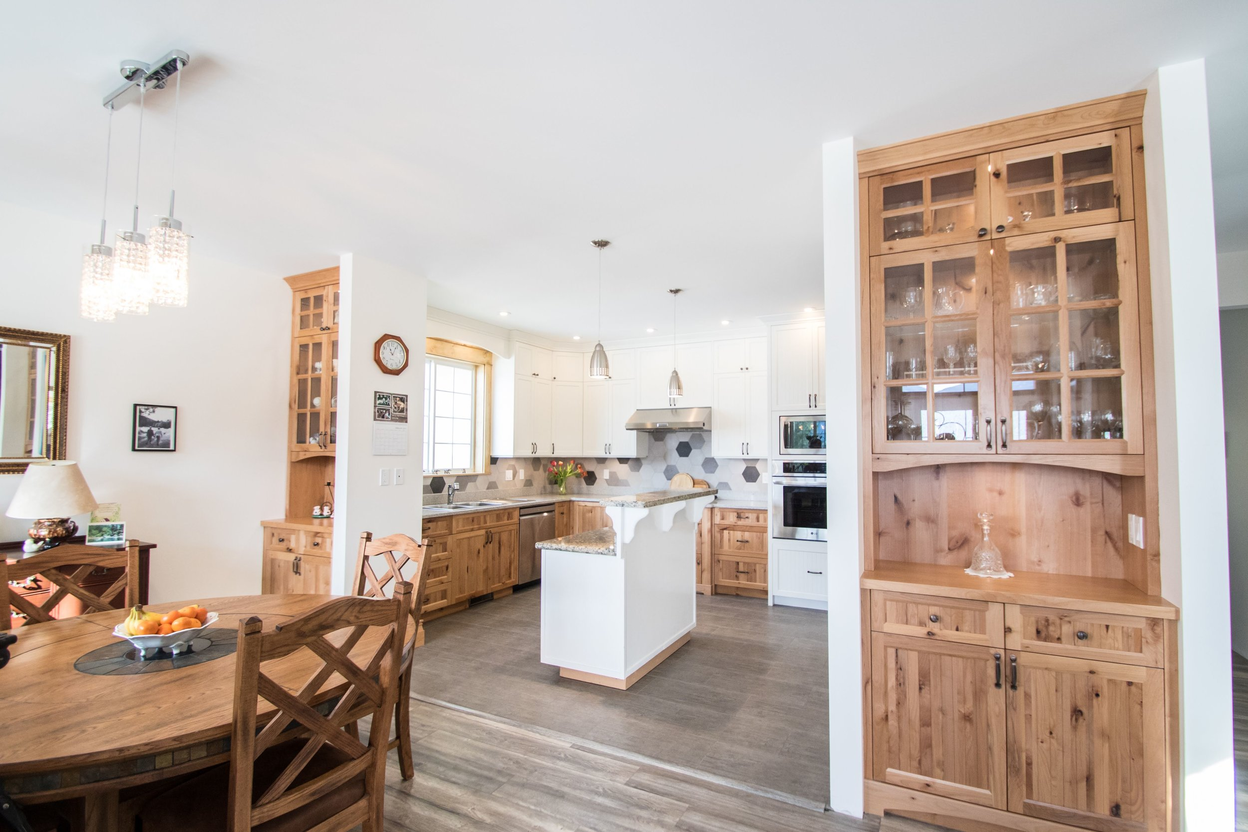 Anthea & Darrel Archer - (Client)Project Date: October 2018, Project Price: $10,000 - $49,999Jen Reeder was our designer at Cowichan Woodwork. We were excited building our retirement home in Lake Cowichan and Jen was thoughtful in her suggestions giving choices carefully explaining the advantages of each option. Jen was always available or returning calls promptly. The craftsmanship of our kitchen is superb with material for touch up over time, so far none needed. We were pleased that Jen returned to take photographs of a kitchen that made us proud.