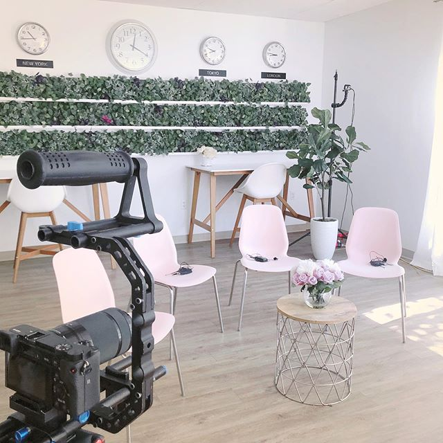 Had so much fun hosting the Hue Crew this week while they filmed their next 3 episodes! Looking for space rental? Contact us to inquire or have a tour of our space! 💕🎥