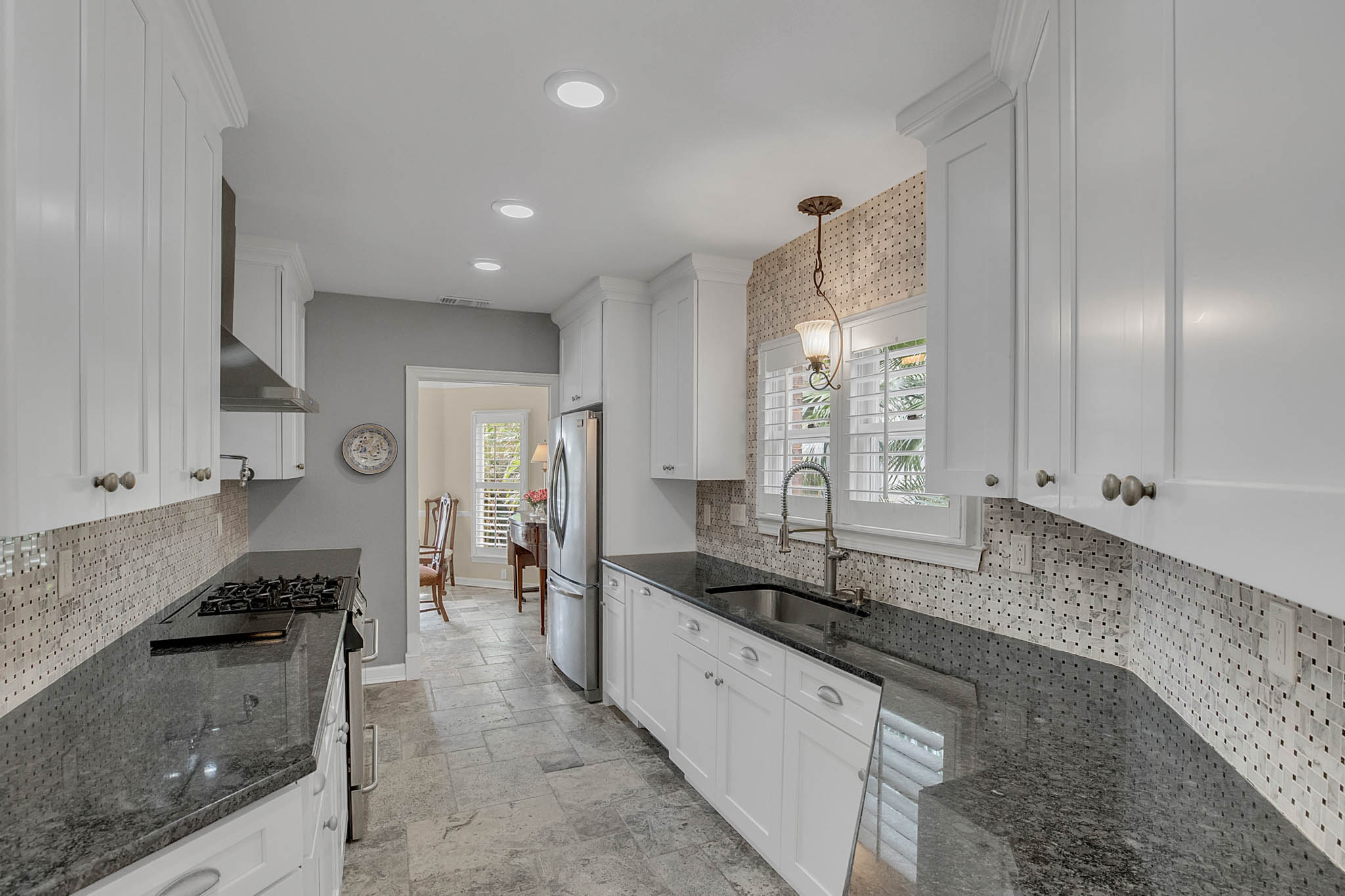 2706-Chambray-Ln.-Tampa--FL-33611--13--Kitchen-1----2-min.jpg