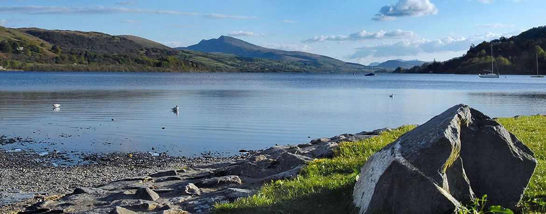 Bala_Lake_(Llyn_Tegid)_the_largest_natural_lake_in_Wales_1170_460auto_c1_c_c.jpg