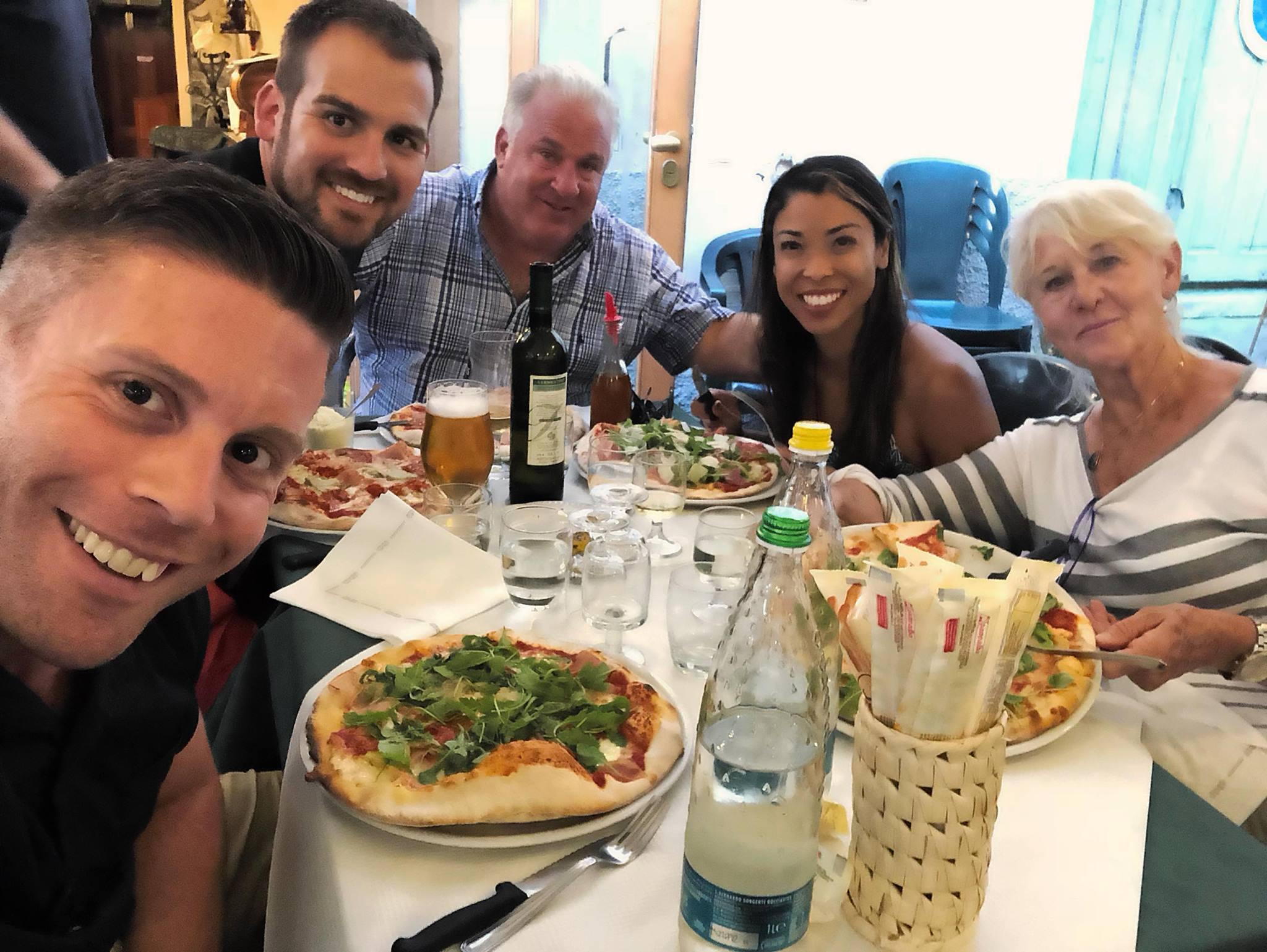 group-l'osteria-di-caterina-ristorante-pizzeria-dolceacqua-italy.jpg