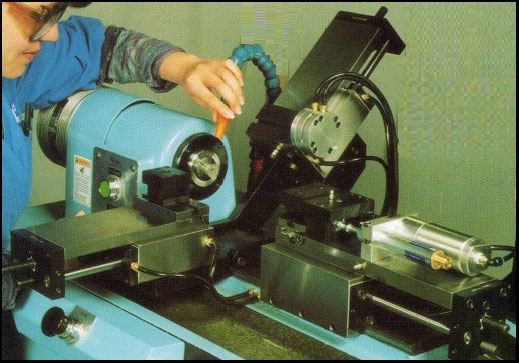 Versatility & Efficiency - The McLEAN MODEL 1100 is a 6 axis production lathe. The McLean Model 1100 was developed specifically for production machining. The controller works in both semi automatic and automatic modes.