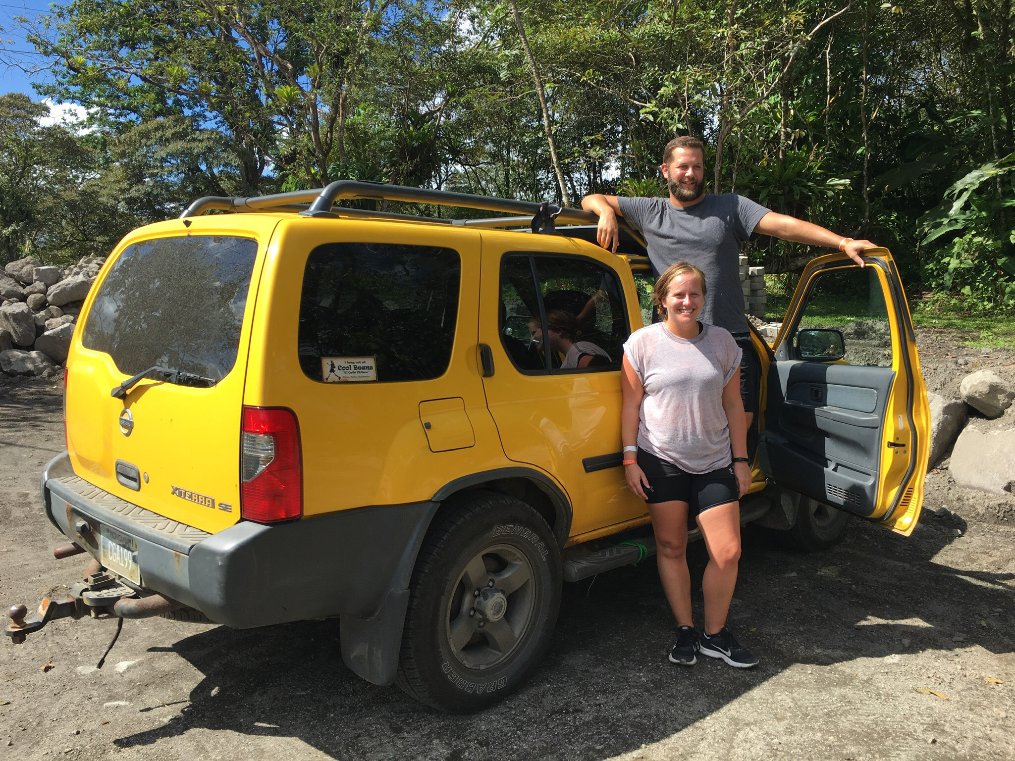 Gary-and-Naomi-Brits-bought-Nissan-Xterra-in-America-for-overland-road-trip-through-Central-America