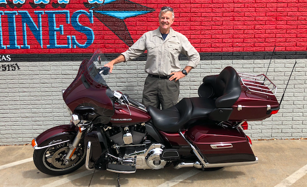 Australian-Will-from-Perth-bought-harley-davidson-HD-in-America-for-bucket-list-road-trip-across-US