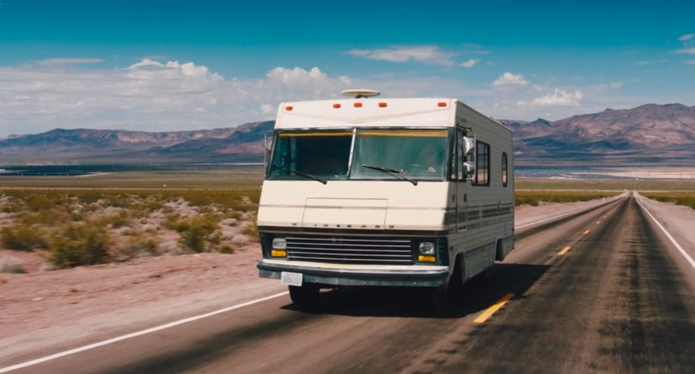 James-May-driving-Outdated-Winnebago-driving-through-Nevada-desert-grand-tour