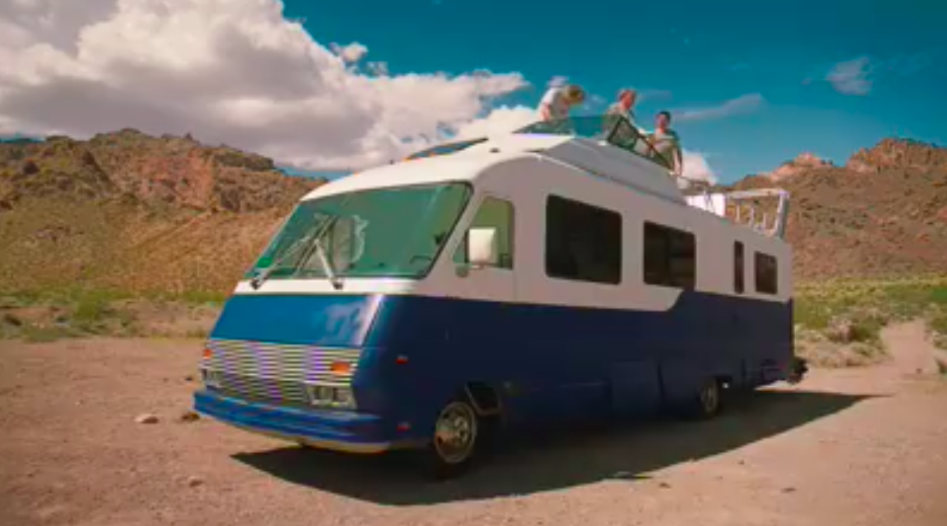Jeremy-clarkson-richard-hammond-james-may-standing-on-boat-rv-grand-tour