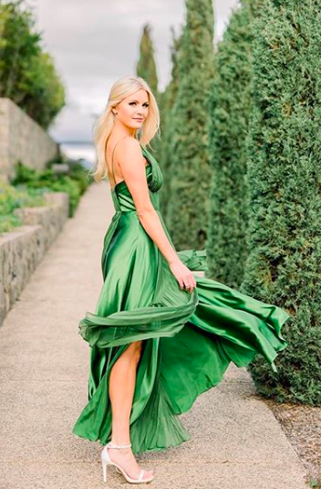 @thebubblyblonde in The Adele Gown